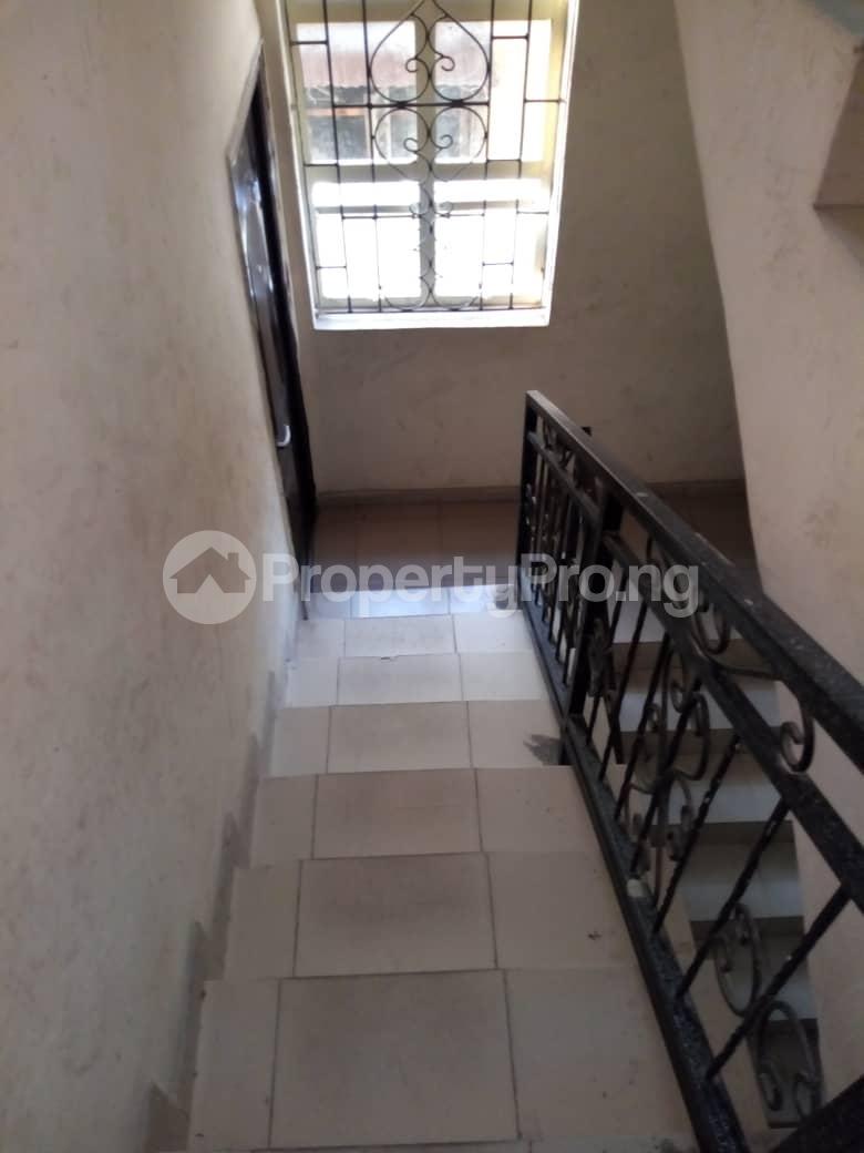 3 bedroom Flat / Apartment for rent Apata Shomolu Shomolu Lagos - 6