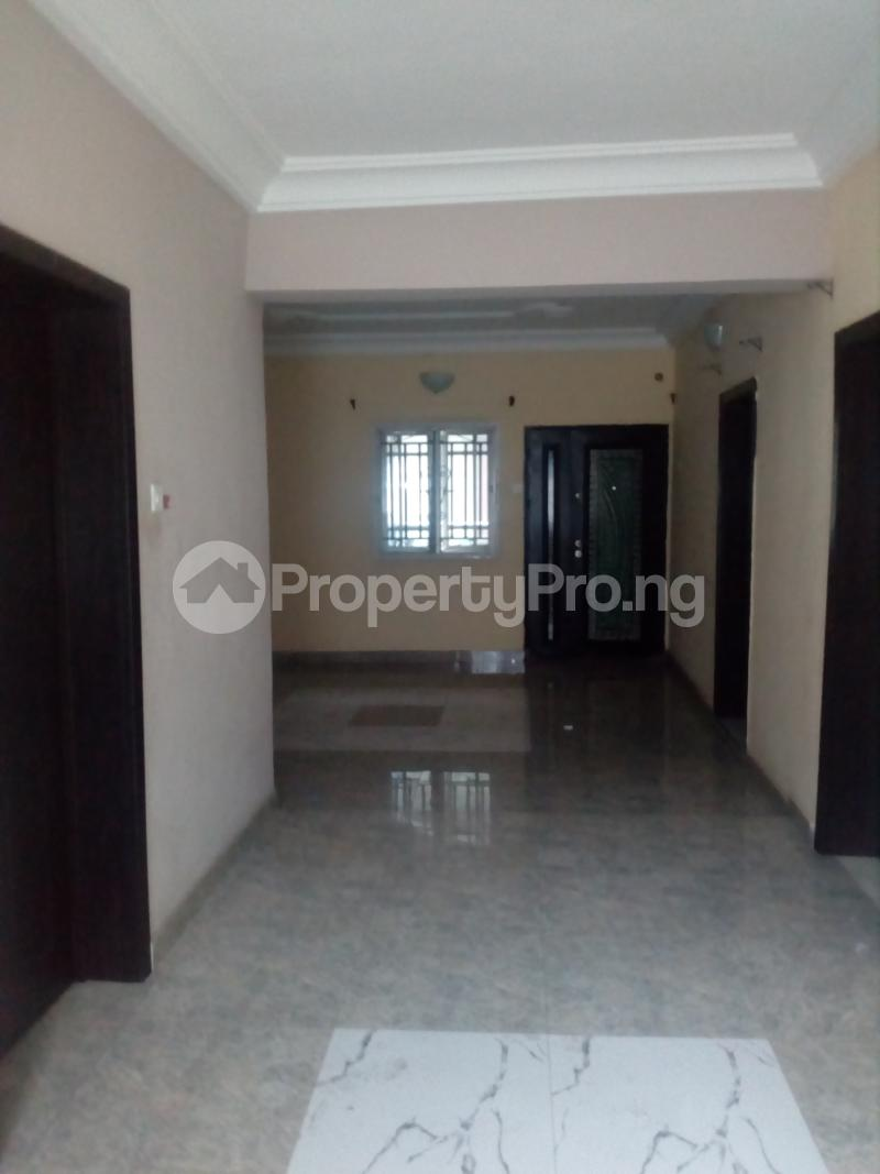 2 bedroom Flat / Apartment for rent Off Idiaraba road  idi- Araba Surulere Lagos - 3