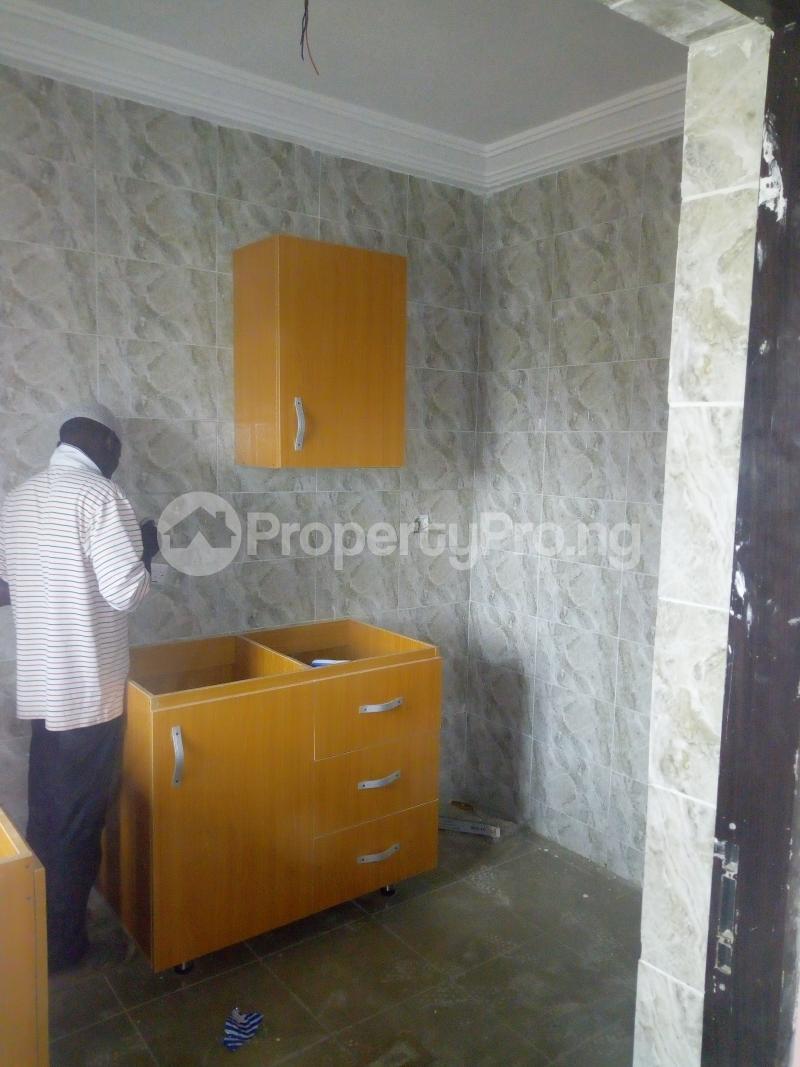 2 bedroom Flat / Apartment for rent Off pedro road  Palmgroove Shomolu Lagos - 2