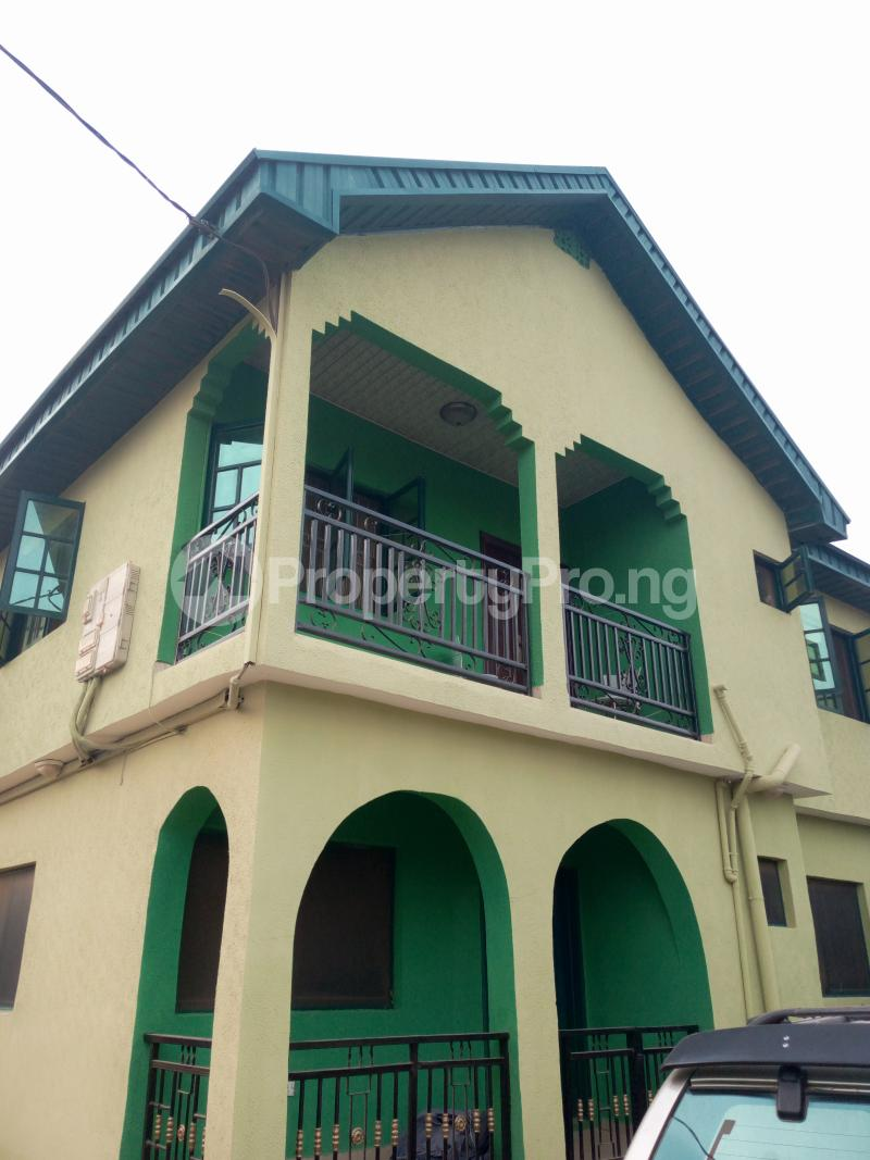 3 bedroom Blocks of Flats House for rent ITSEKIRI street Ishaga Ajuwon Iju Lagos - 9