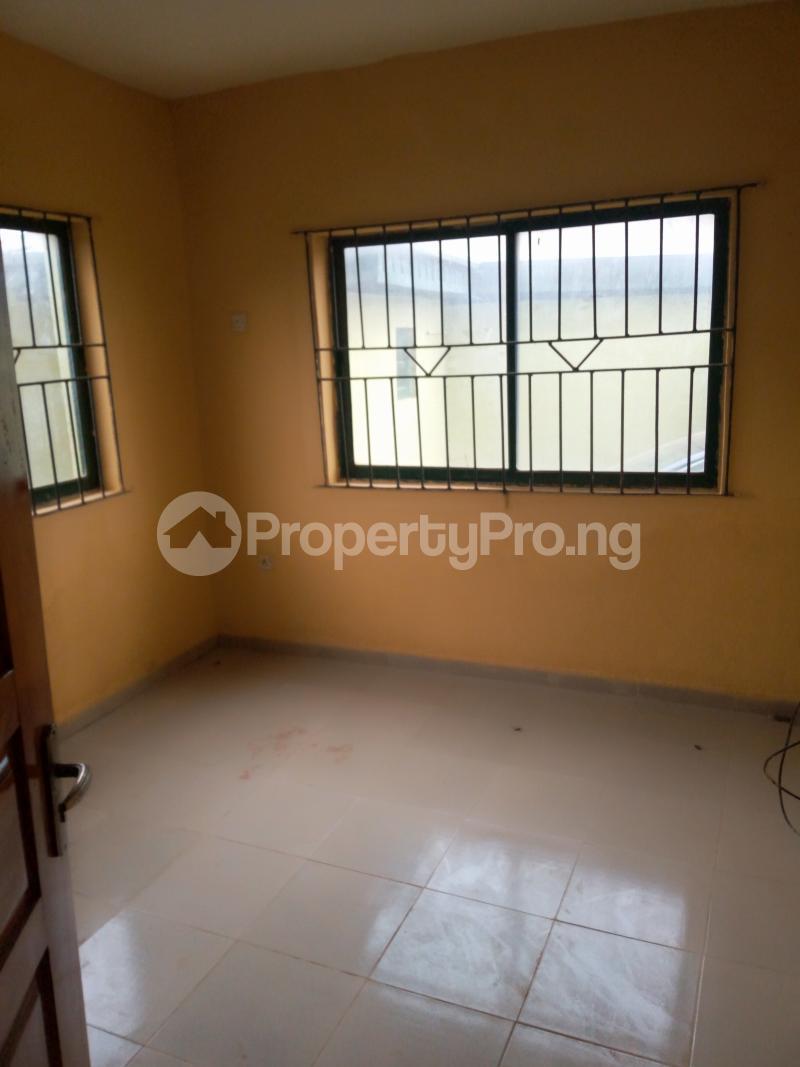 3 bedroom Blocks of Flats House for rent ITSEKIRI street Ishaga Ajuwon Iju Lagos - 3
