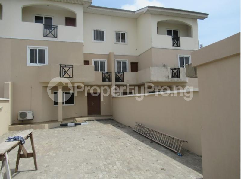 5 bedroom Semi Detached Duplex House for sale Lekki Lekki