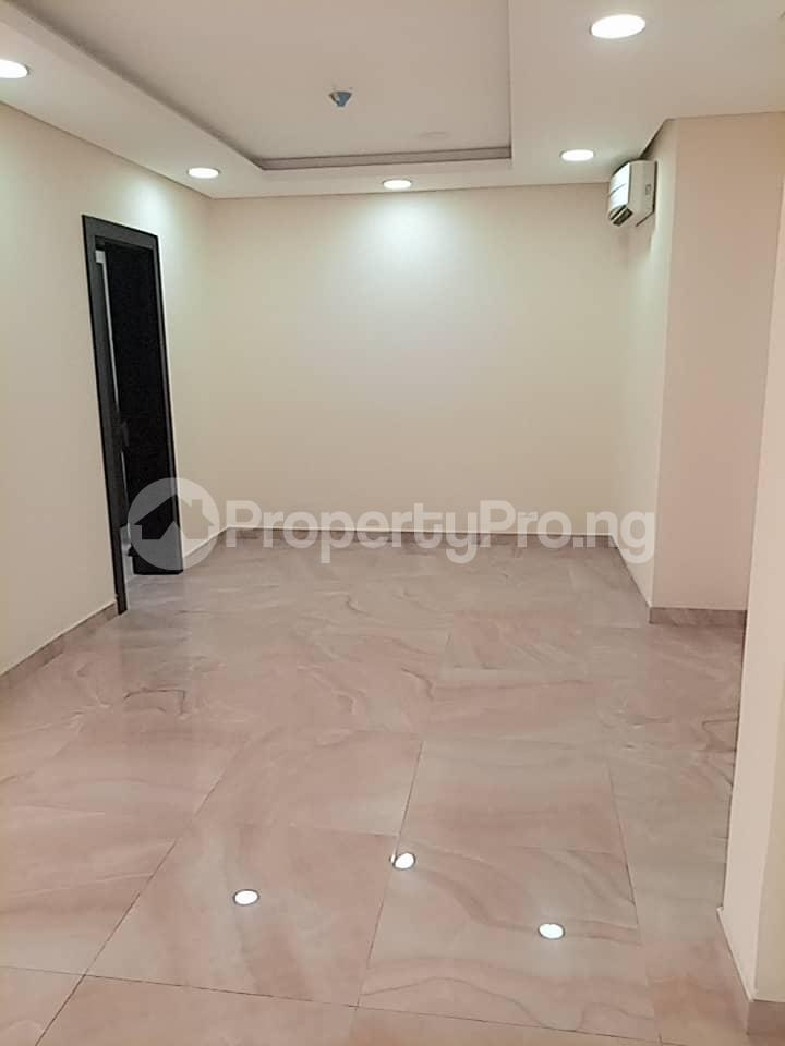 3 bedroom Flat / Apartment for rent within a close right inside Banana Island residential zone. Banana Island Ikoyi Lagos - 14