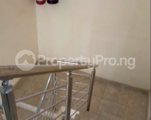 2 bedroom Flat / Apartment for sale In an  Estate, Apo,Abuja.   It's close to Brains and Hammers Estate Apo Abuja - 4