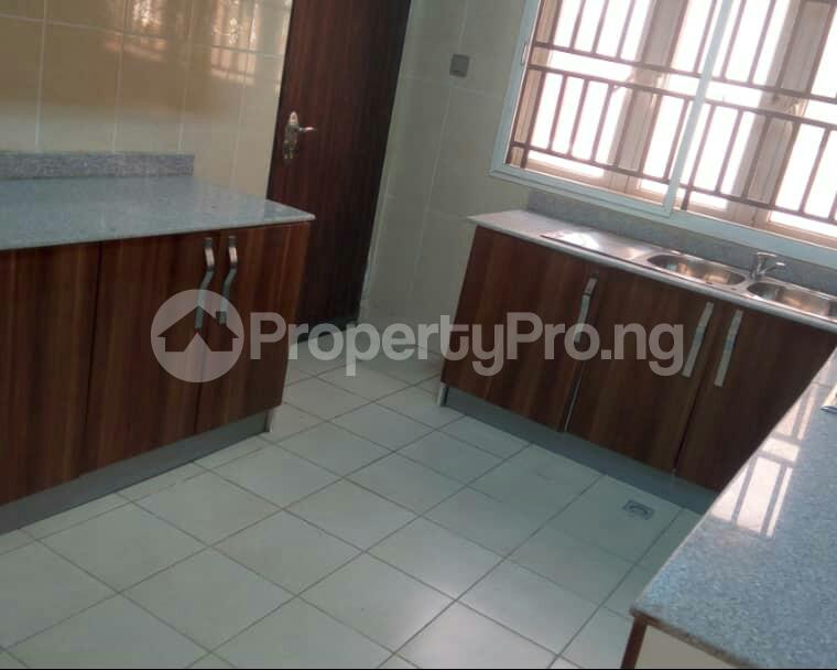2 bedroom Flat / Apartment for sale In an  Estate, Apo,Abuja.   It's close to Brains and Hammers Estate Apo Abuja - 6