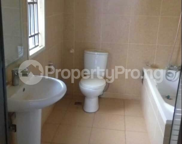 2 bedroom Flat / Apartment for sale In an  Estate, Apo,Abuja.   It's close to Brains and Hammers Estate Apo Abuja - 3