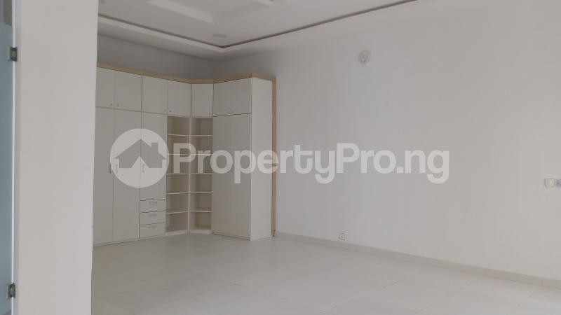 4 bedroom Semi Detached Duplex House for sale Osapa london Lekki Lagos - 18