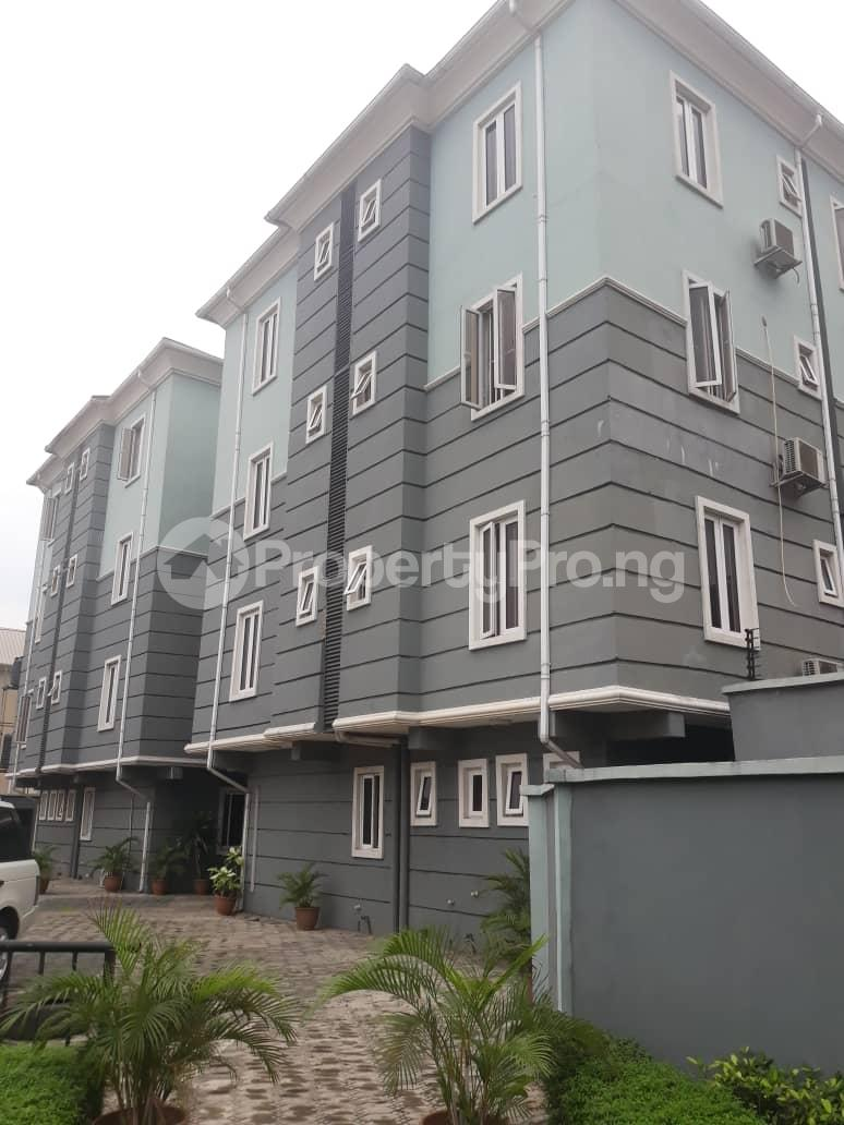 3 bedroom Flat / Apartment for rent Ajose street Mende Maryland Lagos - 0