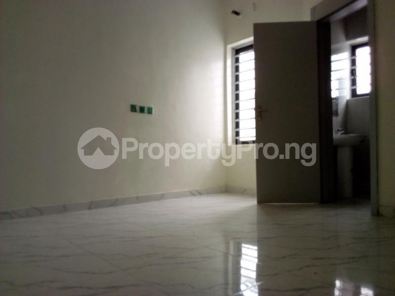 4 bedroom Semi Detached Duplex House for sale Chevron Axis Lekki Phase 2 Lekki Lagos - 29