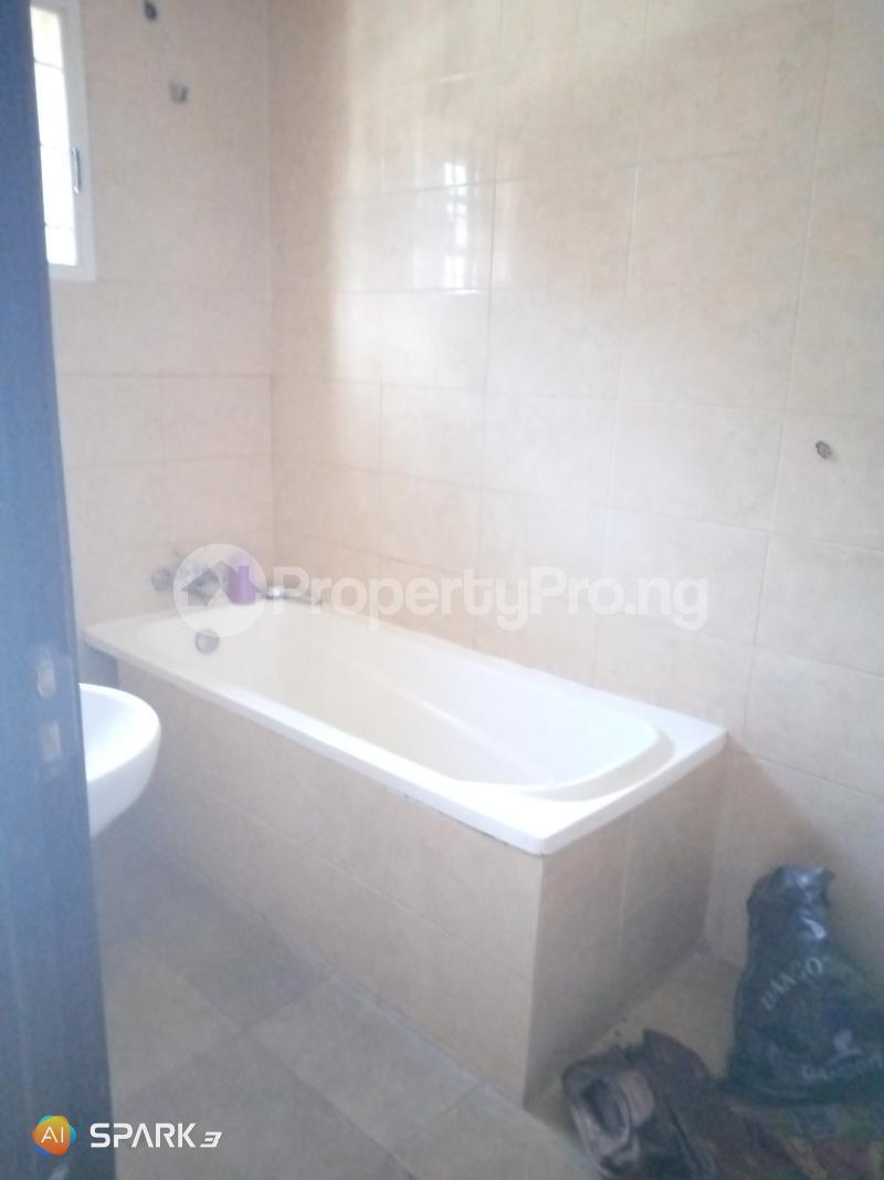 2 bedroom Blocks of Flats House for rent Jakand Jakande Lekki Lagos - 5