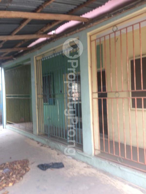 3 bedroom Flat / Apartment for sale Akinremi Street Ogba. Ogba Bus-stop Ogba Lagos - 11