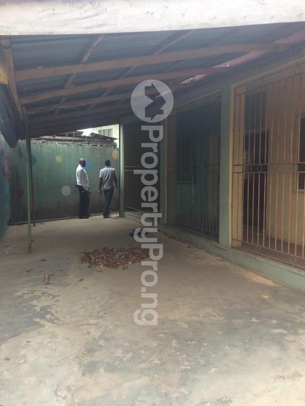 3 bedroom Flat / Apartment for sale Akinremi Street Ogba. Ogba Bus-stop Ogba Lagos - 13