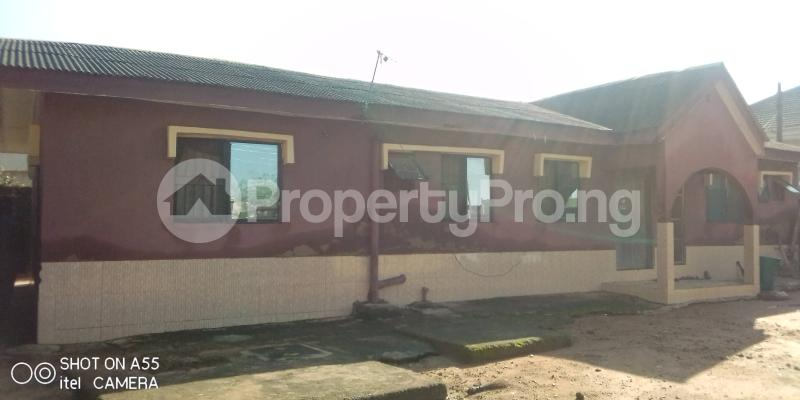4 bedroom Detached Bungalow House for sale New london Baruwa Ipaja Lagos - 3