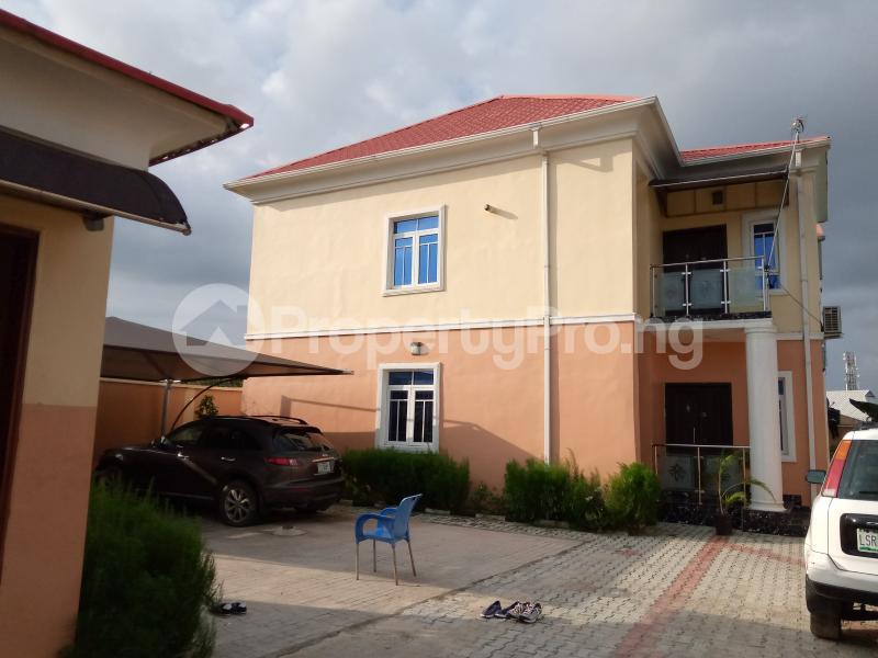 3 bedroom Blocks of Flats House for rent Eputu  Eputu Ibeju-Lekki Lagos - 9