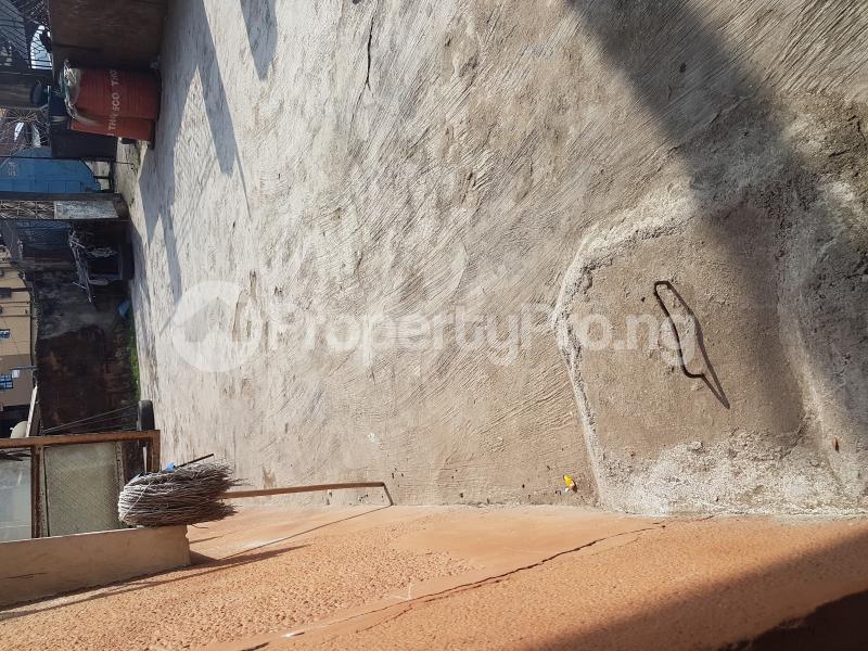 House for sale Olaitan Onasanya Street off Cole Street by Olufemi Street  Ogunlana Surulere Lagos - 3