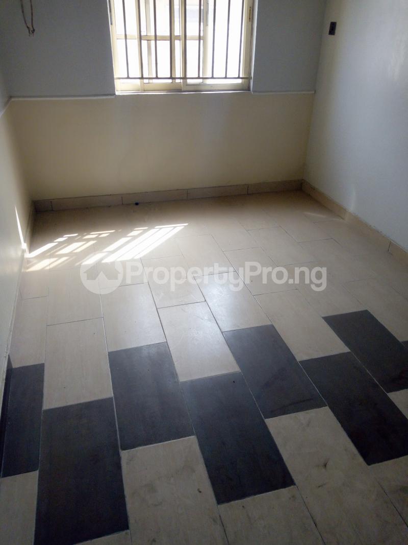 5 bedroom Flat / Apartment for sale - Ketu Lagos - 3