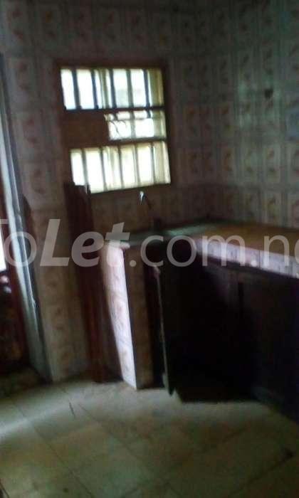 3 bedroom Flat / Apartment for sale alimosho area Ejigbo Ejigbo Lagos - 5