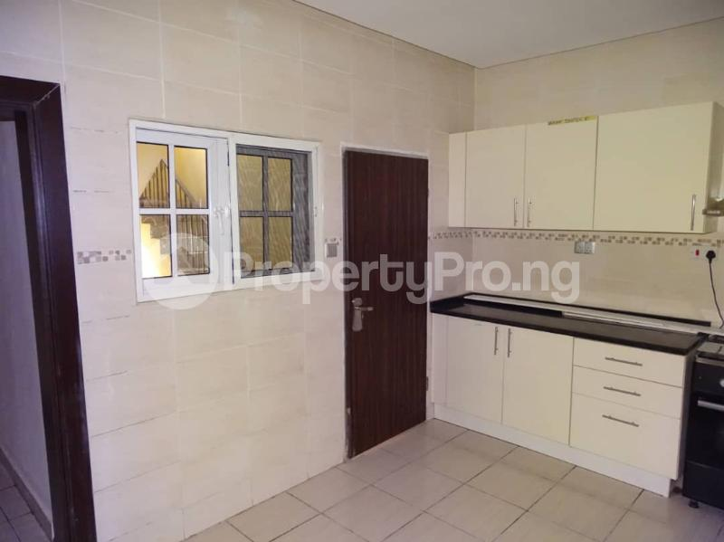 3 bedroom Blocks of Flats House for sale Durumi2 district by America international school Durumi Abuja - 7