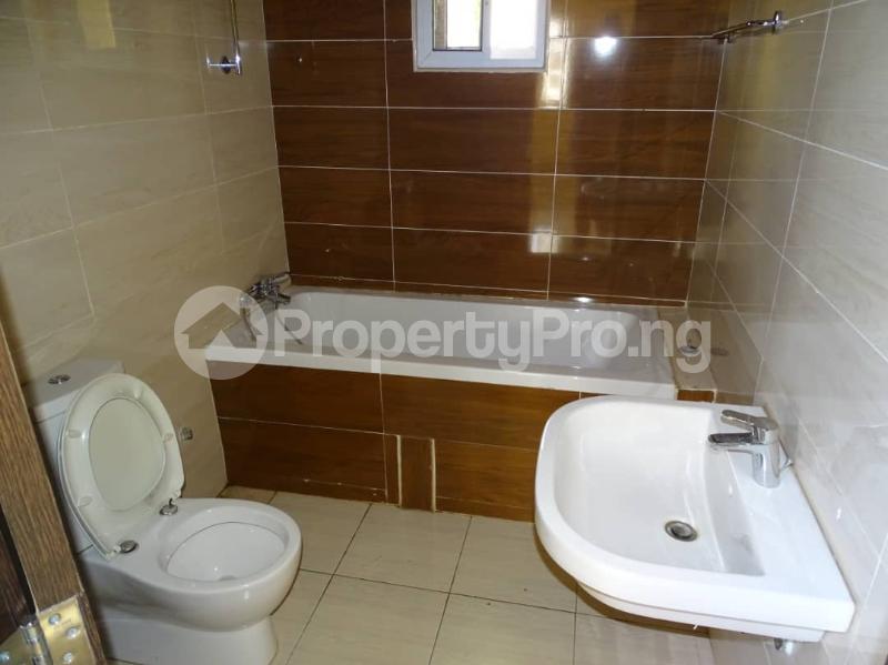 3 bedroom Blocks of Flats House for sale Durumi2 district by America international school Durumi Abuja - 14