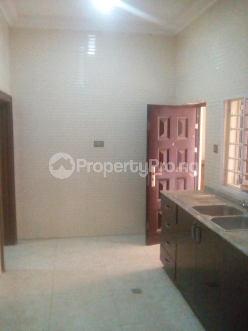 2 bedroom Blocks of Flats House for rent JAHI district Jahi Abuja - 11