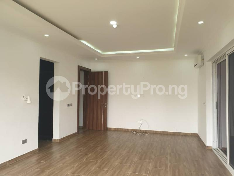 3 bedroom Flat / Apartment for rent  Nassarawa Street. Banana Island Ikoyi Lagos - 3