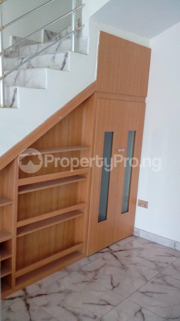 4 bedroom Detached Duplex House for sale Doren Road Thomas estate Ajah Lagos - 6