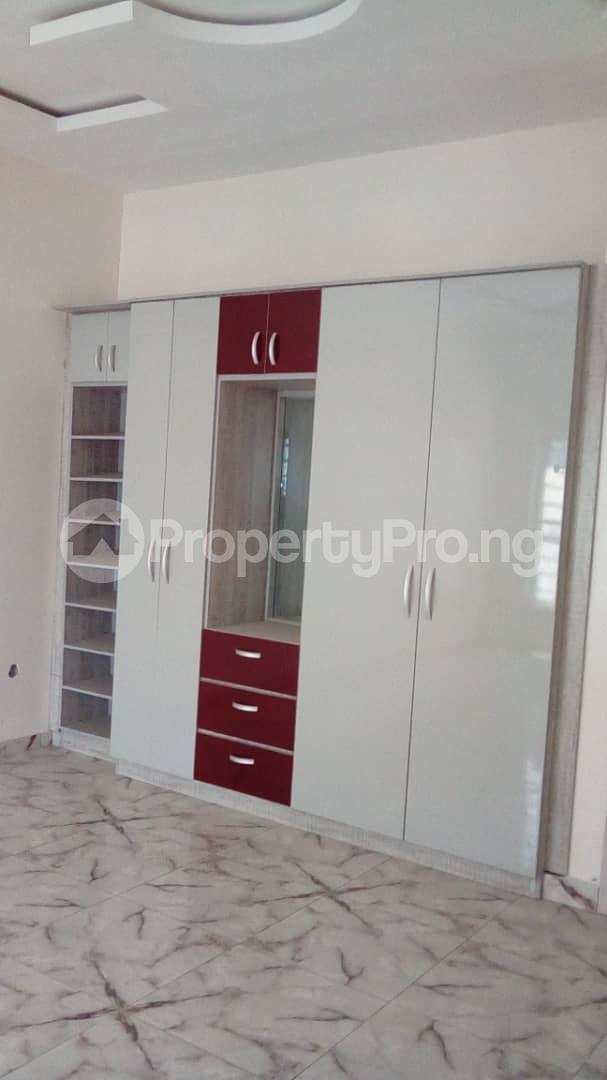 4 bedroom Detached Duplex House for sale Doren Road Thomas estate Ajah Lagos - 3