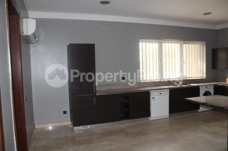 4 bedroom Shared Apartment Flat / Apartment for rent . Banana Island Ikoyi Lagos - 0