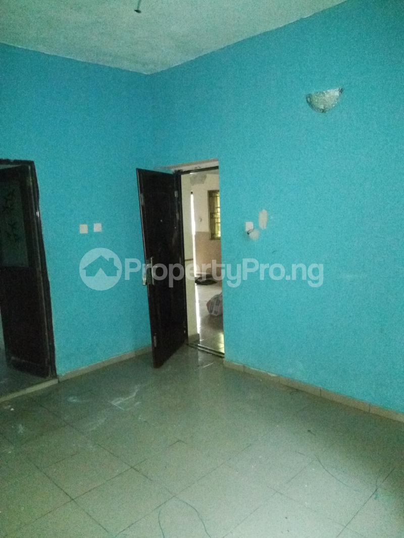 2 bedroom Flat / Apartment for rent An Estate in Abijo after Crown Estate in Ajah axis Lekki.  Abijo Ajah Lagos - 4
