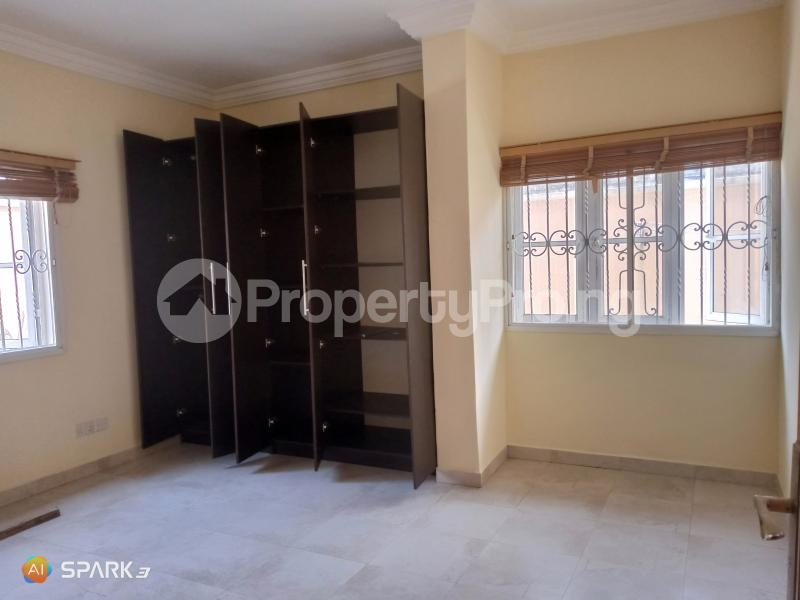3 bedroom Blocks of Flats House for rent Second round about Lekki Phase 1 Lekki Lagos - 5