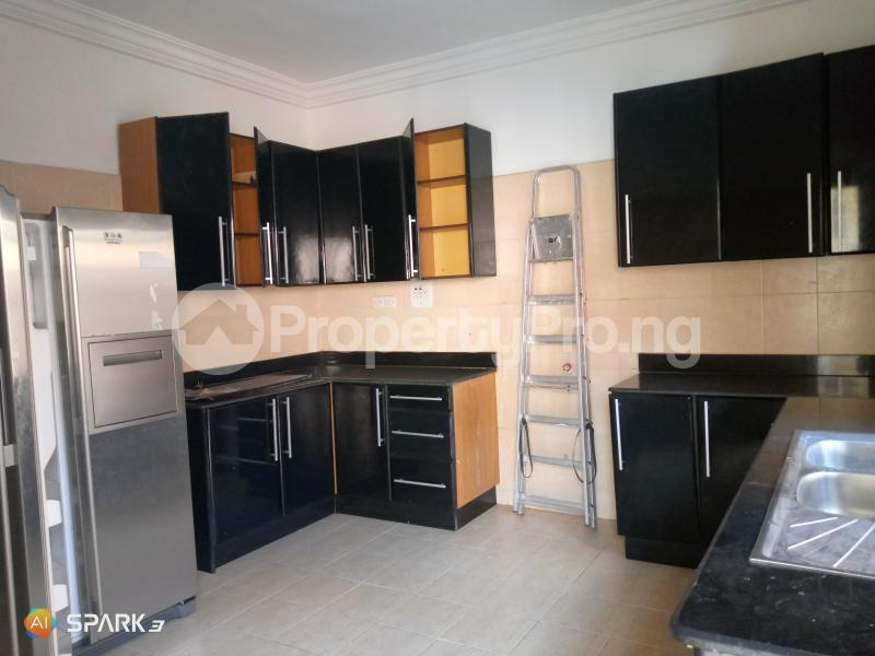 3 bedroom Blocks of Flats House for rent Second round about Lekki Phase 1 Lekki Lagos - 1