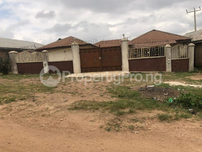 3 bedroom Mini flat Flat / Apartment for sale Oke baale Osogbo Osun - 2