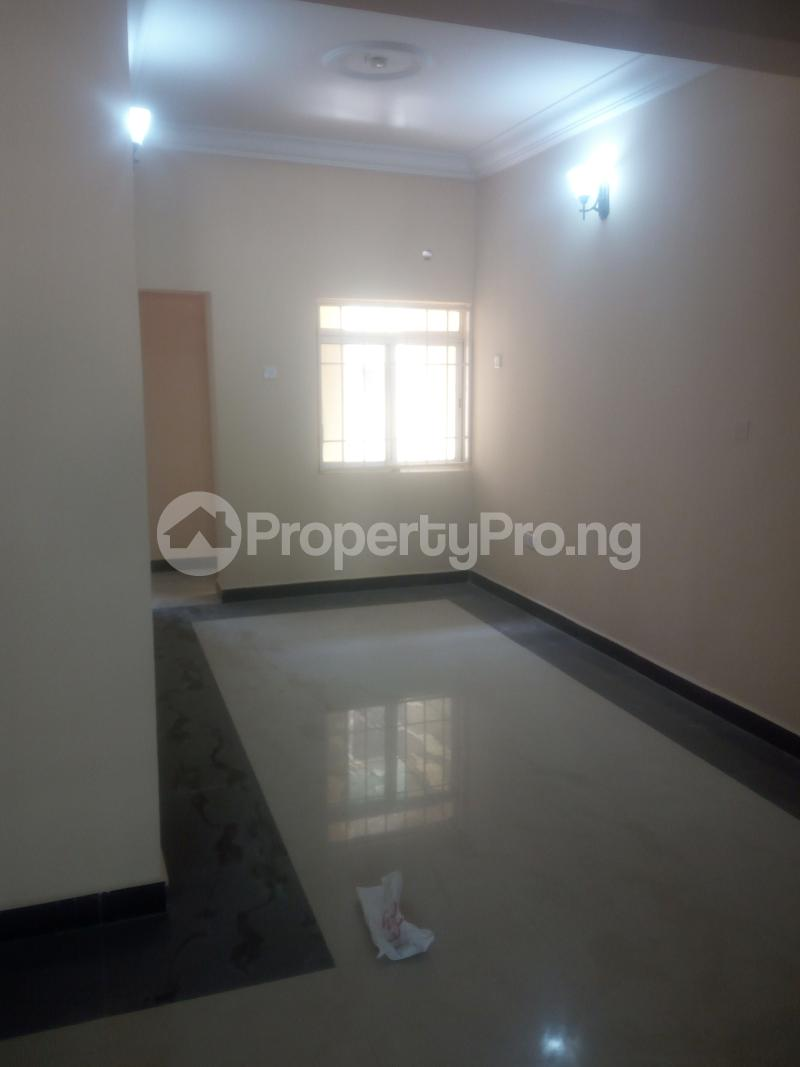 3 bedroom Blocks of Flats House for rent Jahi by Navals quarters Jahi Abuja - 5