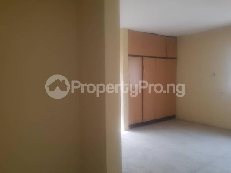 4 bedroom Office Space Commercial Property for rent Amore Toyin street Ikeja Lagos - 4