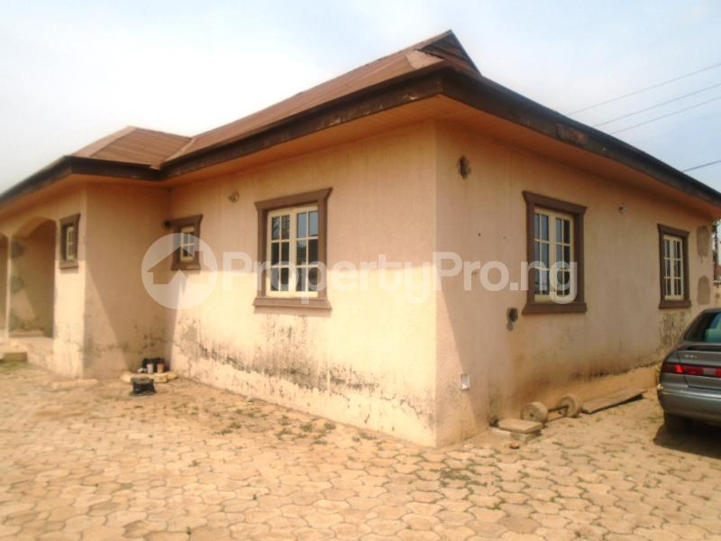 2 bedroom Mini flat Flat / Apartment for sale Dawaki/Galadima Gwarinpa Abuja - 6