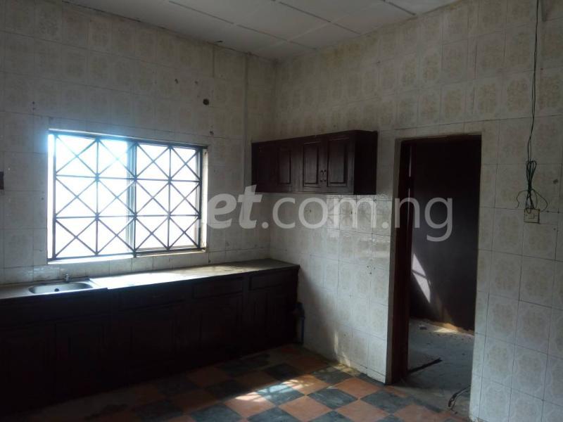 3 bedroom Flat / Apartment for rent - Allen Avenue Ikeja Lagos - 9