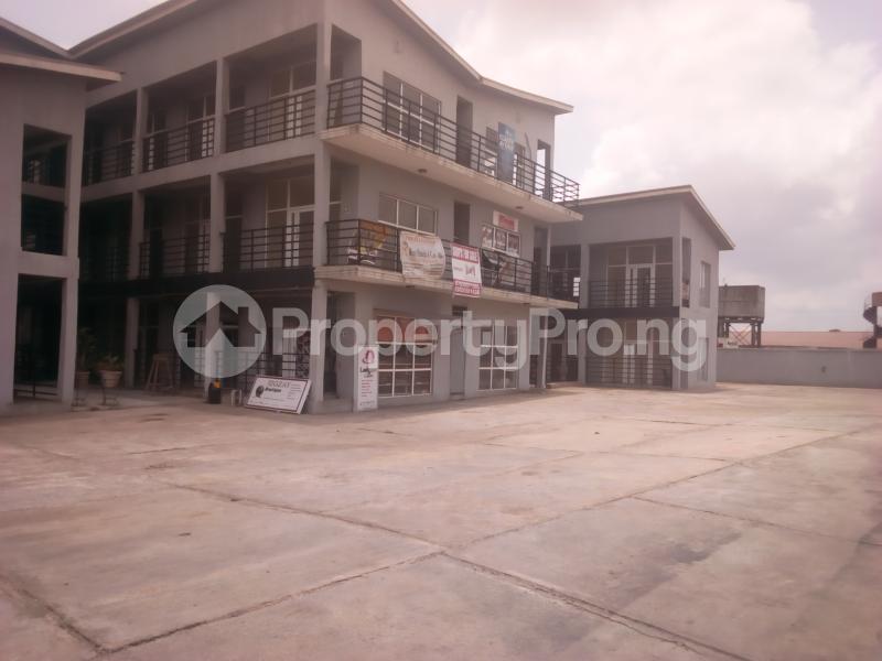 1 bedroom mini flat  Shop in a Mall Commercial Property for rent Grand mall, Bodija market Bodija Ibadan Oyo - 0