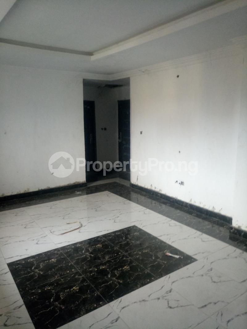 3 bedroom Blocks of Flats House for rent off Ishaga road Ojuelegba Surulere Lagos - 0