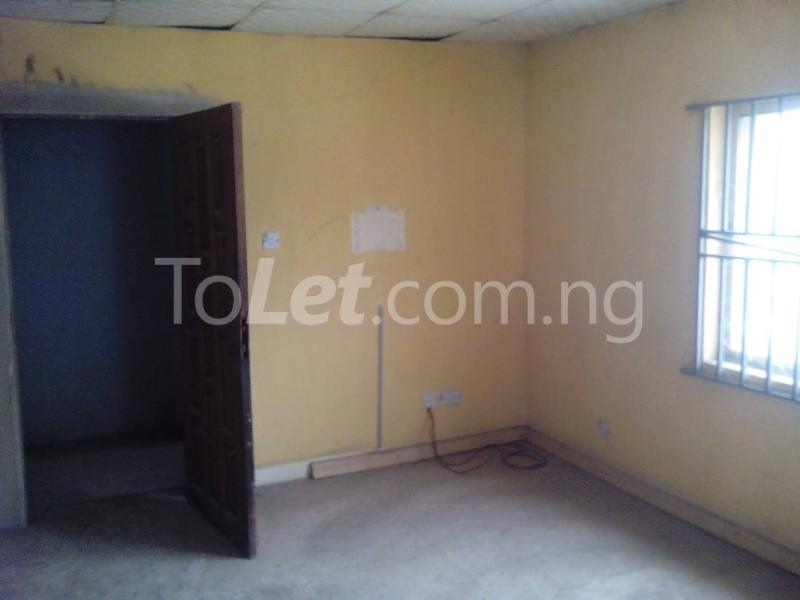 3 bedroom Commercial Property for rent road safety Berger Ojodu Lagos - 8