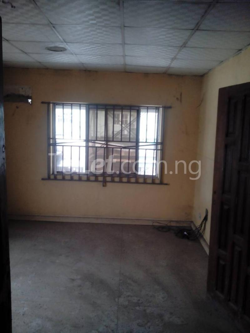 3 bedroom Commercial Property for rent road safety Berger Ojodu Lagos - 5