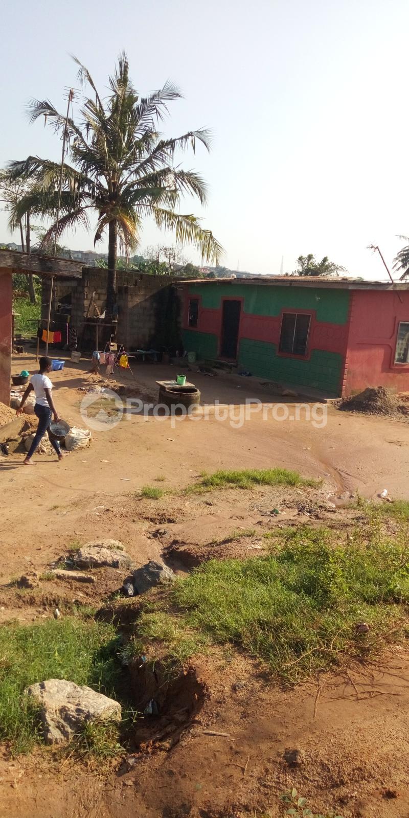 5 bedroom Detached Duplex House for sale Shagari Est Ipaja road Lagos state  Ipaja road Ipaja Lagos - 7