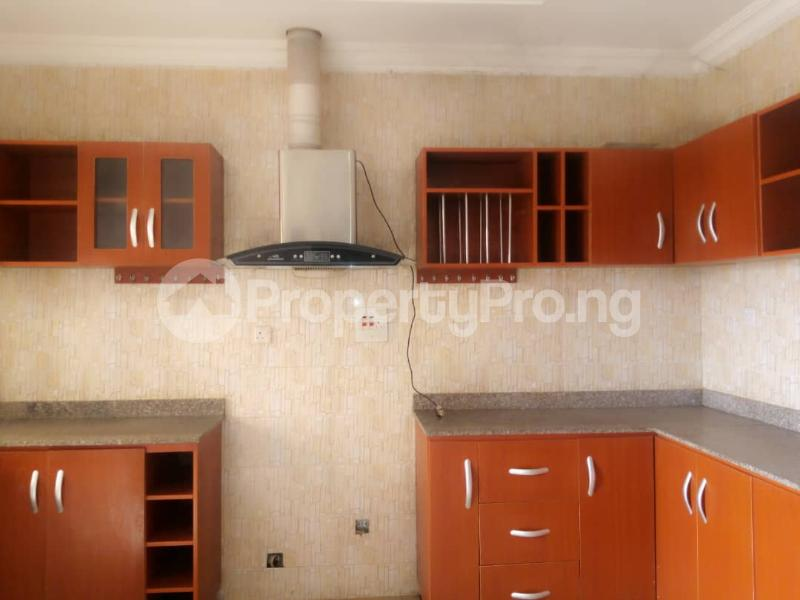 3 bedroom Detached Bungalow House for rent Kolapo Ishola Estate Akobo Ibadan Oyo - 0