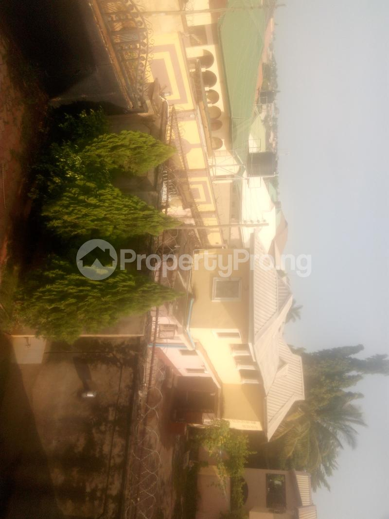 6 bedroom Detached Duplex House for sale Barnawa phase 1 Kaduna South Kaduna - 3