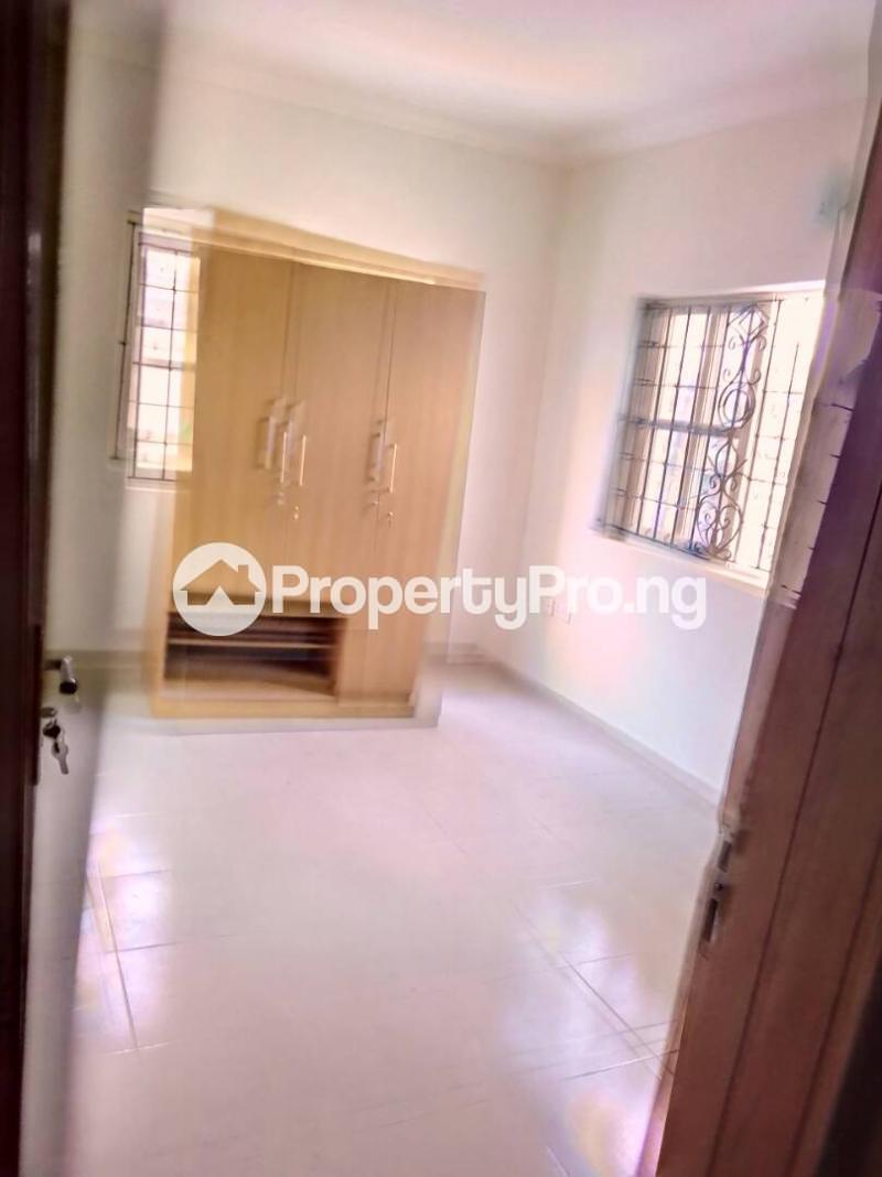 3 bedroom Flat / Apartment for rent Oluwadare  Fola Agoro Yaba Lagos - 7