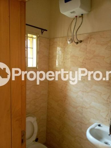 3 bedroom Flat / Apartment for rent Oluwadare  Fola Agoro Yaba Lagos - 13