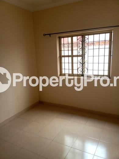 3 bedroom Flat / Apartment for rent Oluwadare  Fola Agoro Yaba Lagos - 4