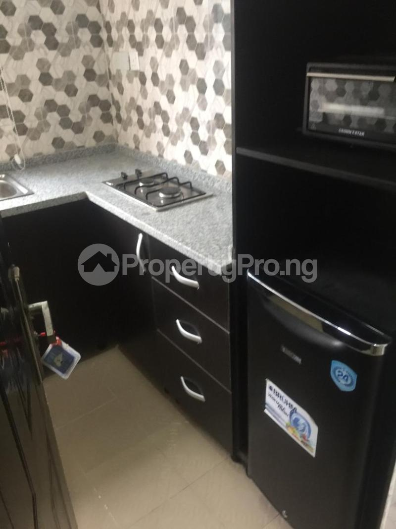 1 bedroom mini flat  Blocks of Flats House for shortlet thomas estate Thomas estate Ajah Lagos - 6