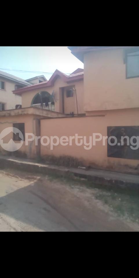 3 bedroom Blocks of Flats House for sale Alhaji Agbeke street, Ago palace Okota Lagos - 0