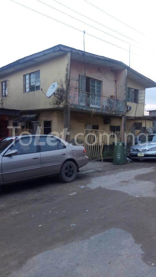 3 bedroom Flat / Apartment for sale oyenuga Ijesha Surulere Lagos - 0