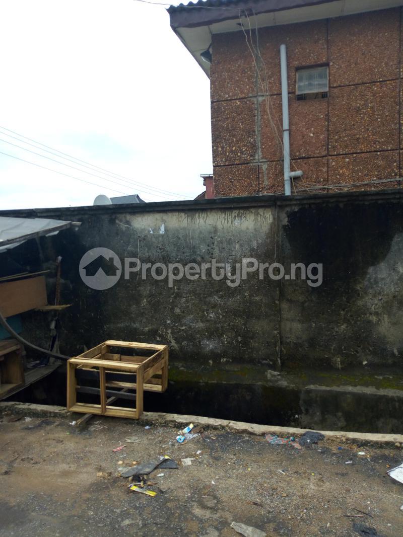 Blocks of Flats House for sale Joseph street  Arowojobe Oshodi Lagos - 3